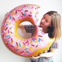 """Фольгированный шар """"Надкусанный пончик Донат"""" (91 см)"""